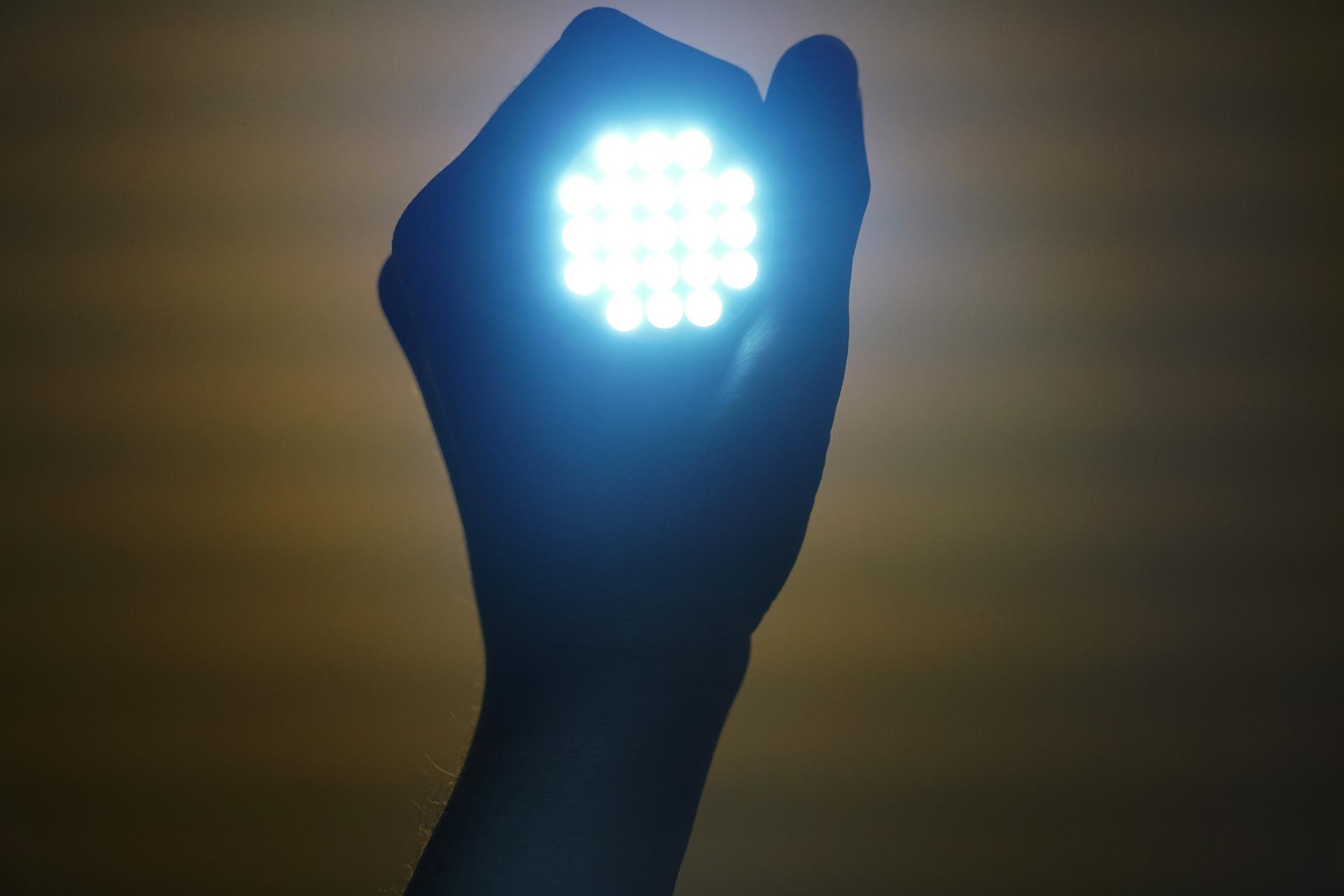 Een LED Dimmer Aansluiten Doe Je Zo